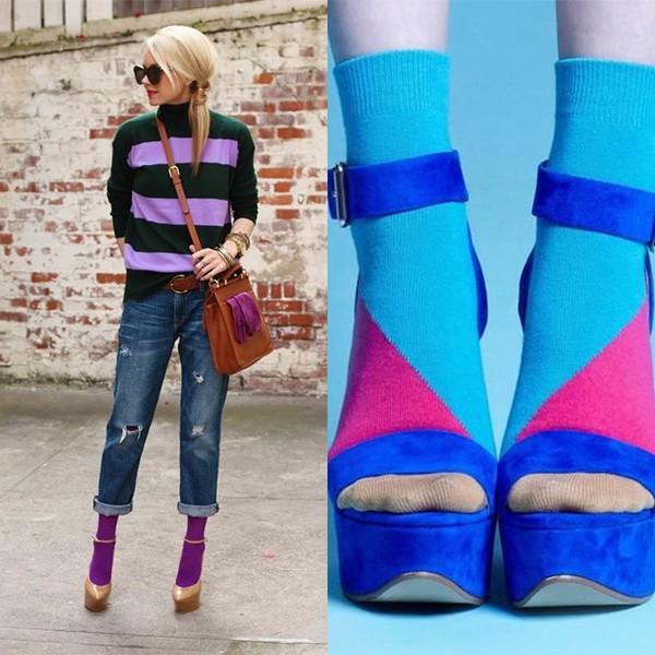 50f5f358cebb4 3) Выбросьте капроновые носки. Даже, если будете сочетать с ними закрытую  обувь, то они будут скатываться и создавать неприятный эффект.