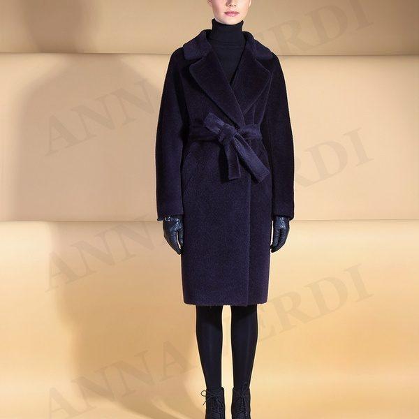 Красивые и стильные пальто от модного дизайнерского дома Анна Верди на фото