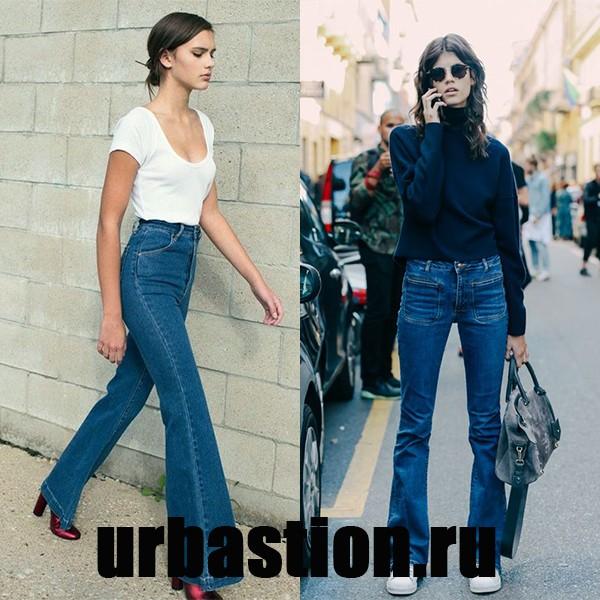 На фото клешеные джинсы