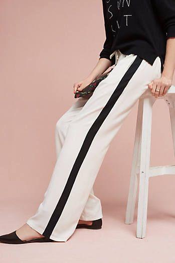 Шелковые брюки: легкие и воздушные модели