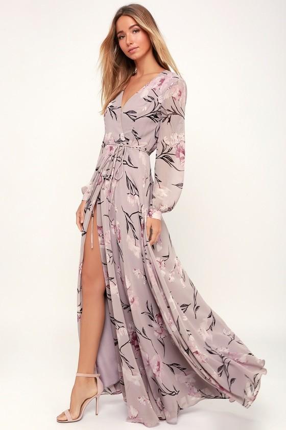 45c129fc23630d7 У платьев с запахом есть важный нюанс – струящийся силуэт. Благодаря ему  изделие скрывает полноту в бедрах. Если платье с поясом, то это подчеркнет  красивую ...