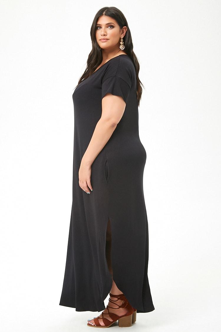 c928c1f0383 В теплый сезон будут популярными платья-трапеция без рукавов. Также