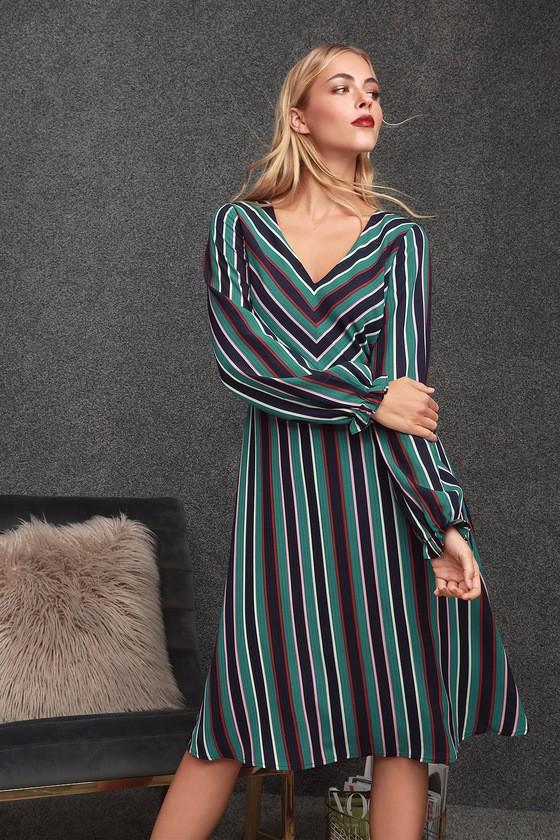 b466ca5d799 Прямое платье 2019  модели прямого силуэта и кроя