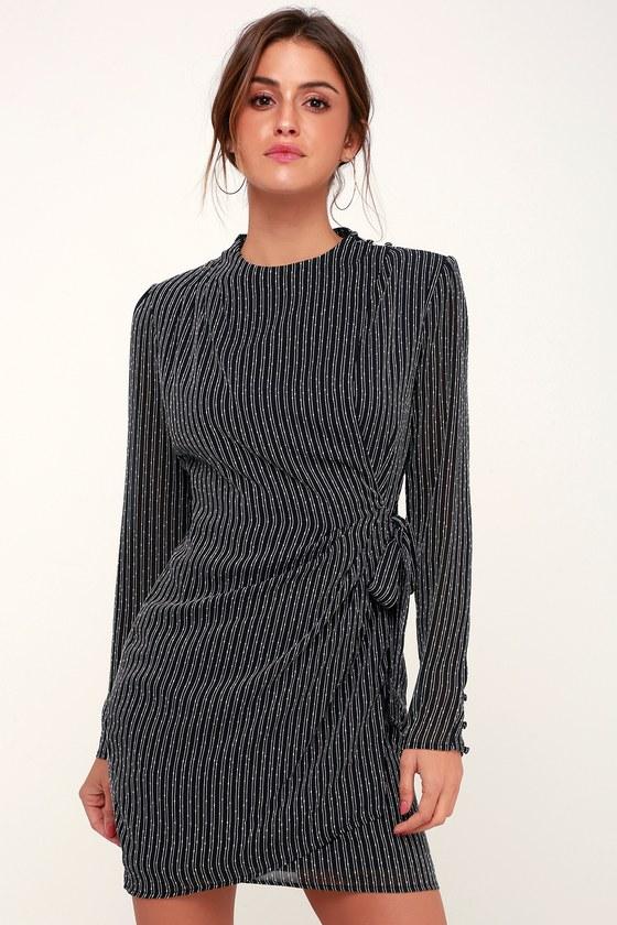a2cd4fae068 С чем носить платья прямого силуэта  общие рекомендации для модниц