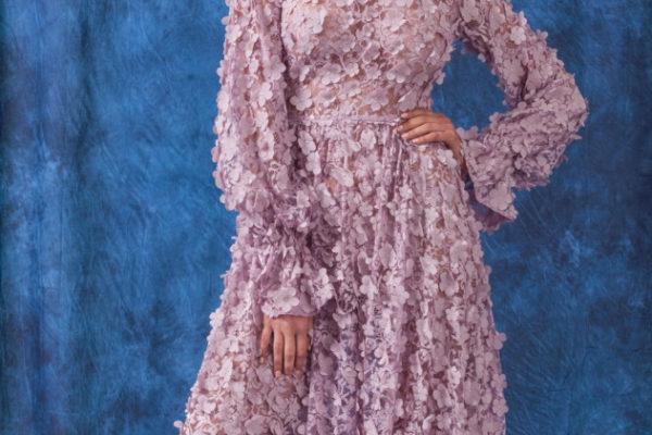 Платье с прозрачными вставками: тенденция 2019 года